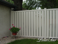 Vinyl-Privacy-Fence-Prestidge