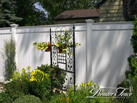 Vinyl-Privacy-Fence-Superior