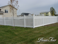 Vinyl-Picket-Fence-Colonial