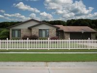Good Neighbor Vinyl Picket Fence
