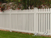 Vinyl-Privacy-Fence-Williamsburg-Custom