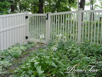 Vinyl-Privacy-Fence-Prestidge-Picket-Colonial