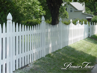 Wood-Picket-Fence-Traditional-Scalloped