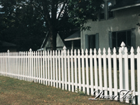 Wood-Picket-Fence-French-Gothic