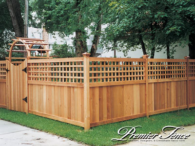 Wood lattice fence st paul fence minneapolis twin for Unique privacy fence designs