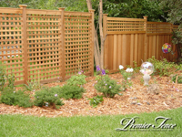 Wood-Privacy-Fence-Lattice-Square-Combo